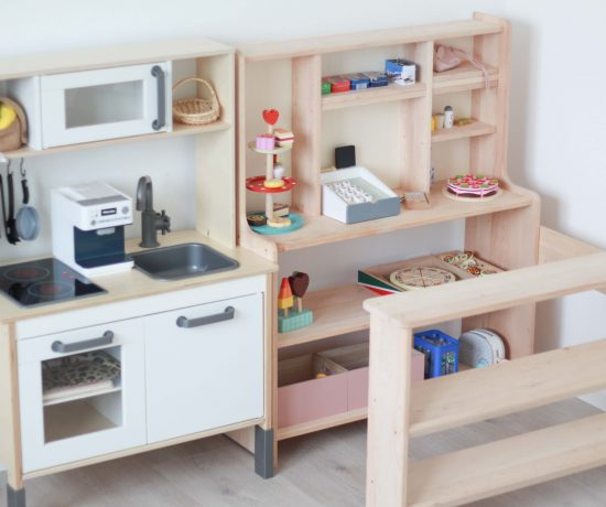 Spielzimmer einrichten - Ideen und Tipps_Kinderküche_Kaufladen