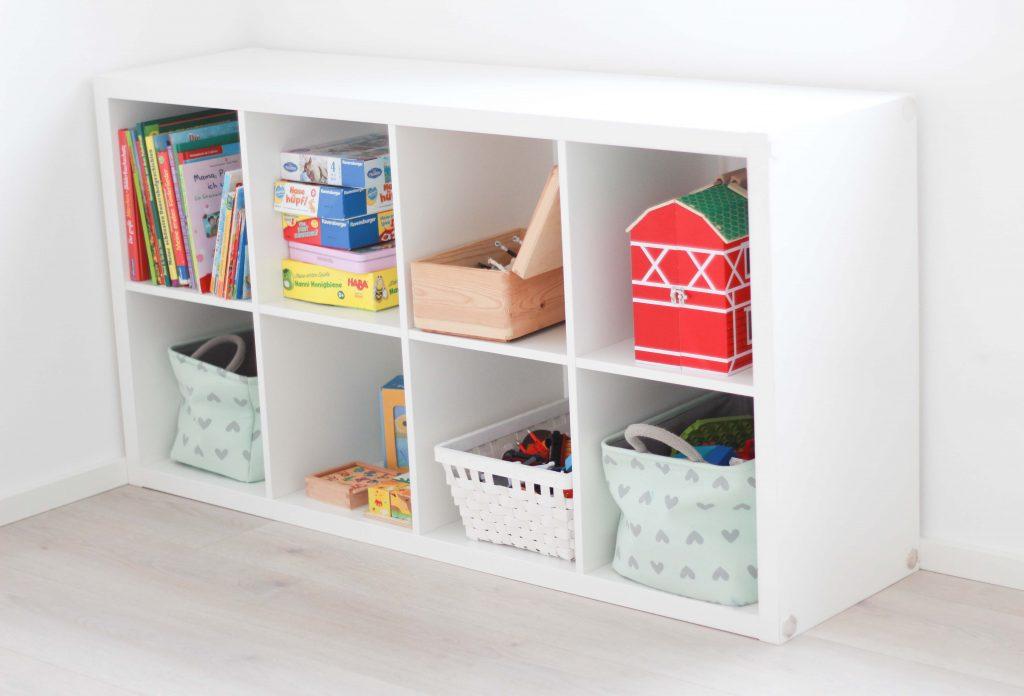 Spielzimmer einrichten - Ideen und Tipps_Ikea Kallax Regal_2
